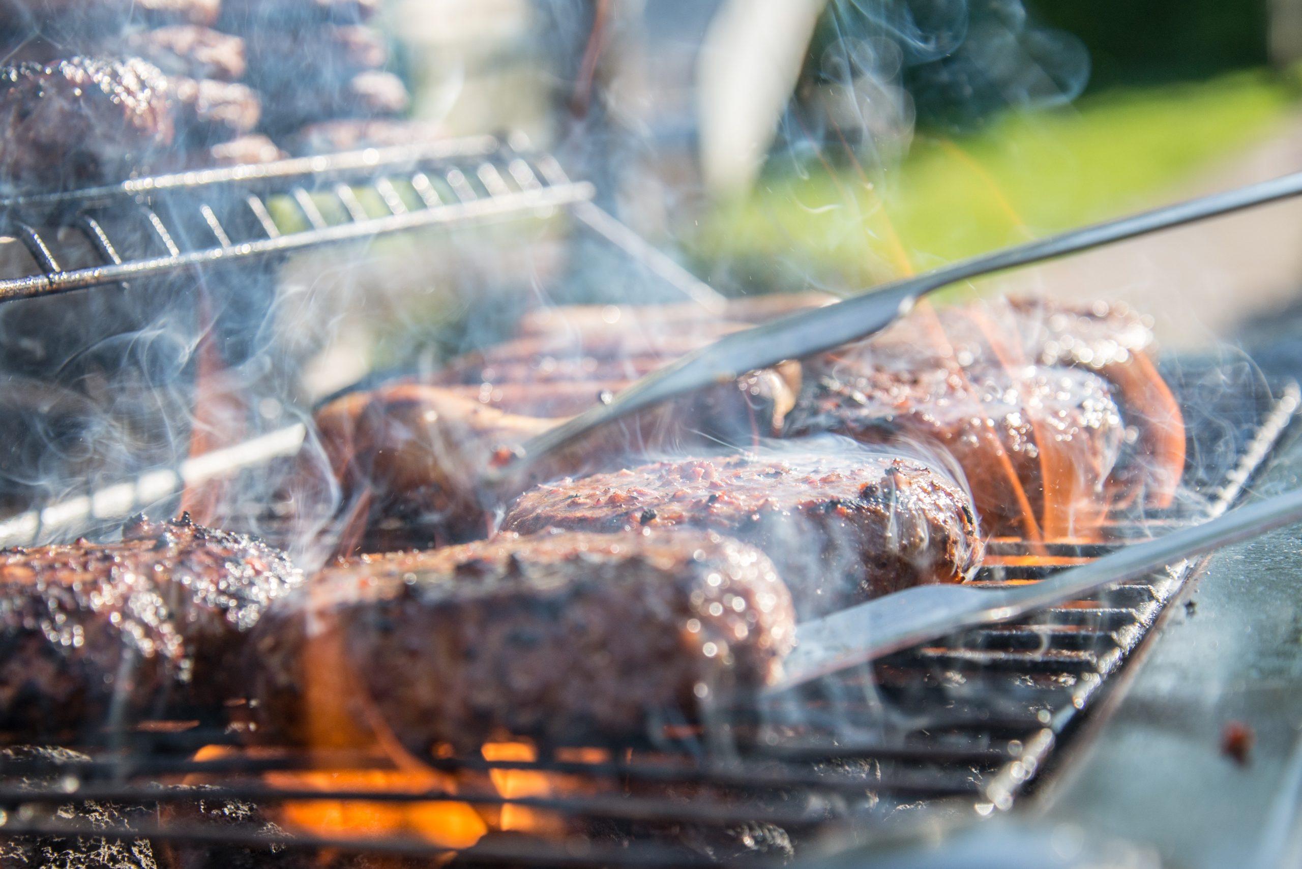 Barbeque BBQ Muiderberg Bij Strandtent De Zeemeeuw